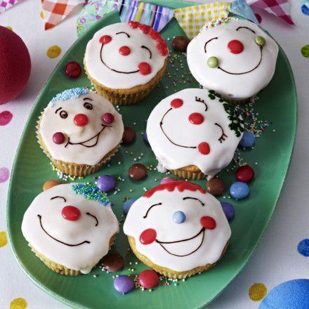 clownmuffins rezept muffins cupcakes pinterest kuchen kuchen kindergeburtstag und backen. Black Bedroom Furniture Sets. Home Design Ideas