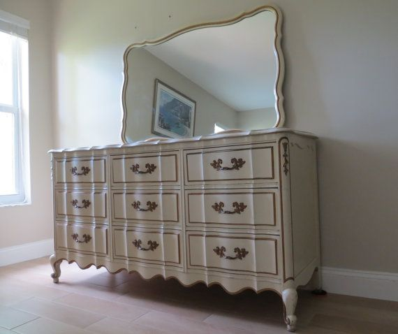 Best Vintage French Provincial Dresser With Mirror 9 By 400 x 300