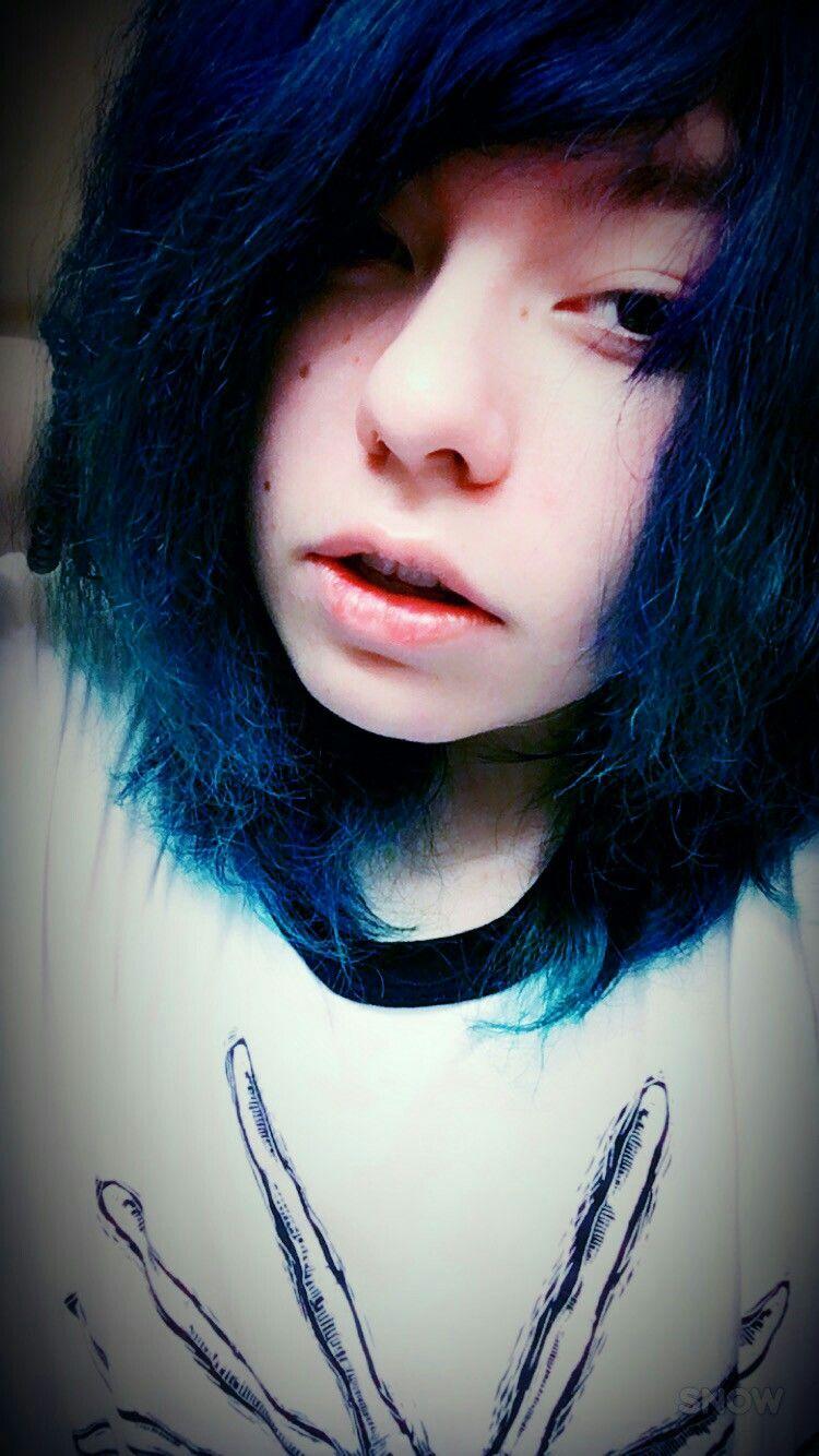 I look really sleepy lol emo pinterest emo and emo scene