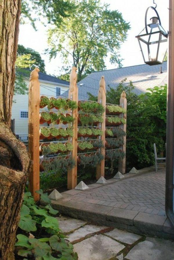 Sichtschutz Im Garten Beleuchten Pflanzen Landschaft | Garten ... Diy Sichtschutz Fur Terrassen Pflanzen