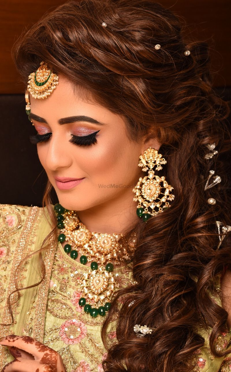 sangeet or engagement hairstyle with pearls in hair | makeup