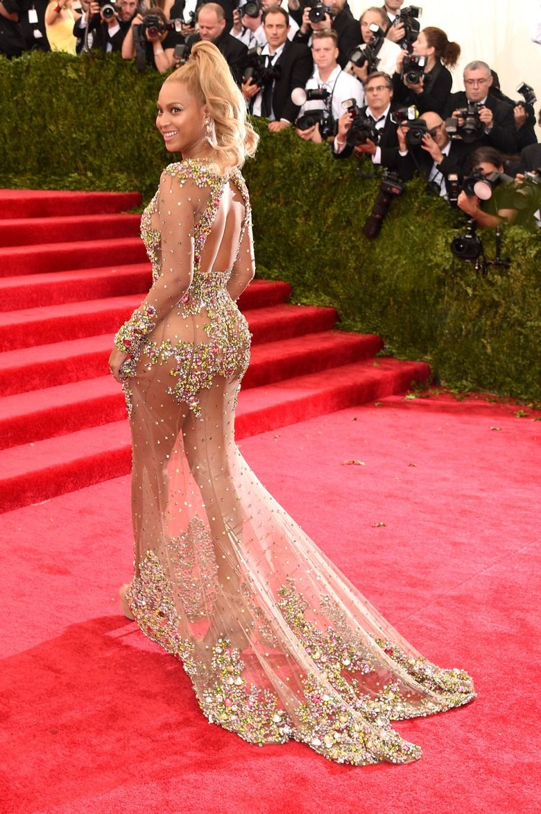 Beyonce's 2015 Met Gala Dress Is A Piece Of See-Through Gauze That's Only Slightly Bedazzled — PHOTOS