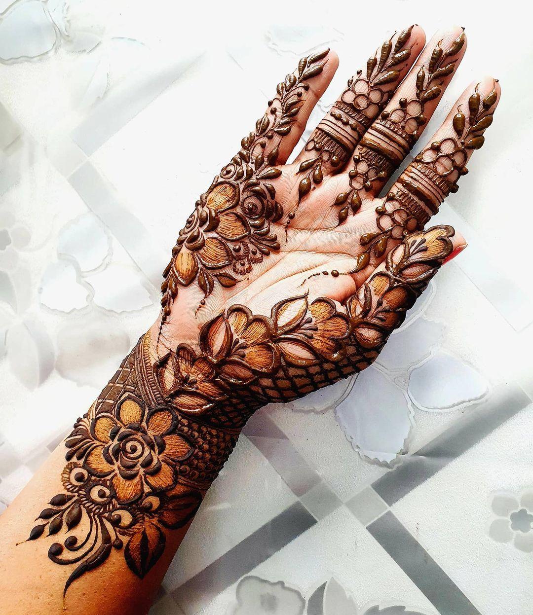 """Peeroo Institute of Mehendi on Instagram: """"mrsmufiidahpeeroo#peeroomehendi#mehndiartist#mehndiart#mehendidesign#bridalmehendi#henna#heena#hennadesign#hennaartist#hennaartistmauritius…"""""""