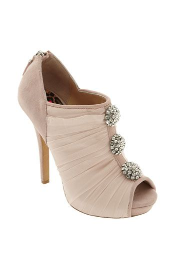 """Betsey Johnson """"Walford"""" Pump...I think I like these, I don't think I really could wear them with my short legs...but they are way to cute."""