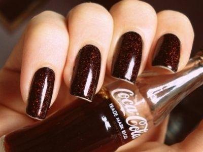 coca cola colored nail polish