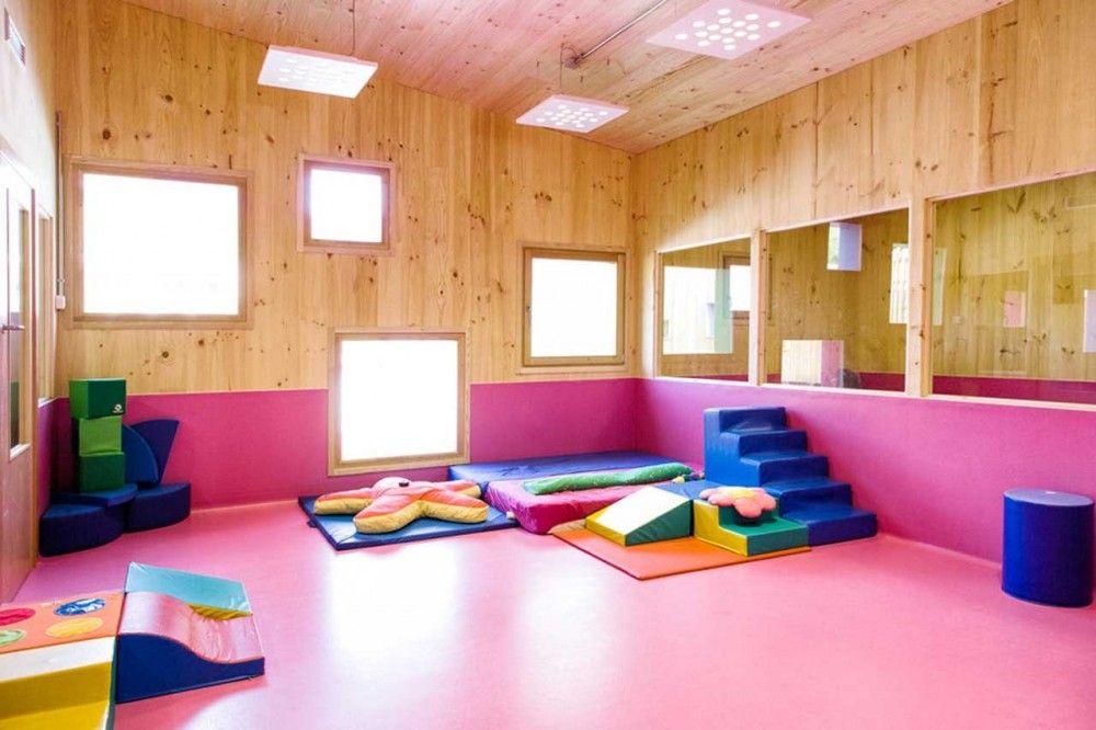 Nuevo edificio educaci n infantil y guarder a en zaldibar for Diseno curricular de jardin maternal