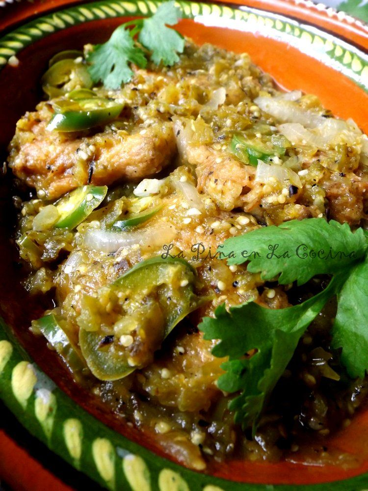 Tortitas De Carne En Salsa Verde Beef Fritters In Salsa With Images Mexican Food Recipes Best Mexican Recipes Recipes