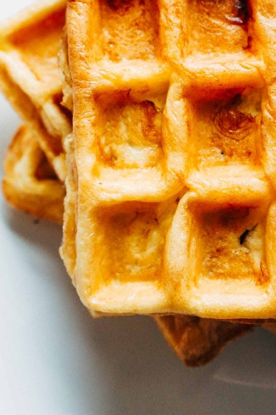 Easy healthy banana oat waffles