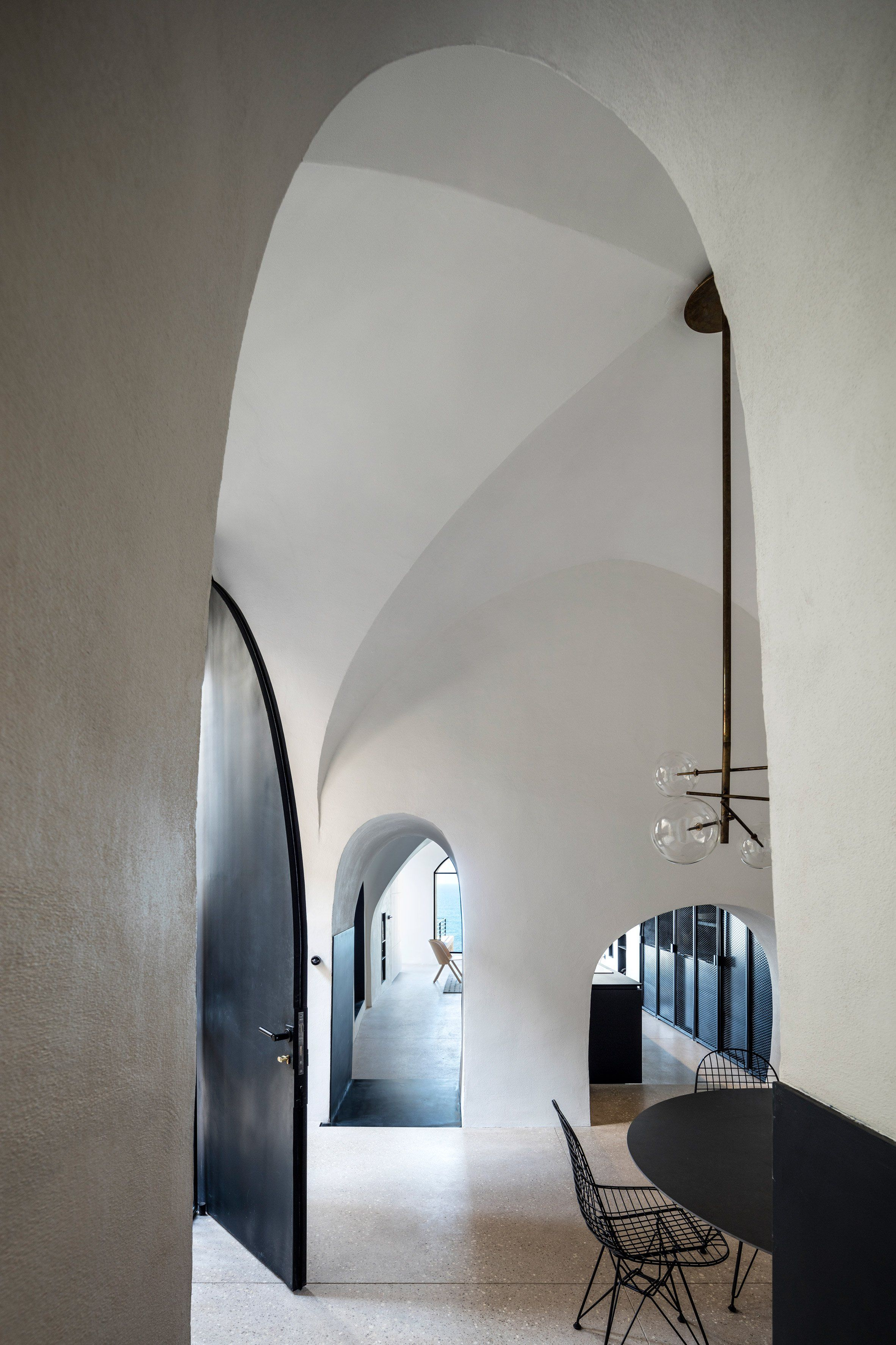 Relieving Adding Arched Windows Pitsou Kedem Has Updated An Apartment Ancient Port Ancient Port Jaffa Door Frames To Echo Vaulted Ceiling Pitsou Kedem Has Updated An Apartment
