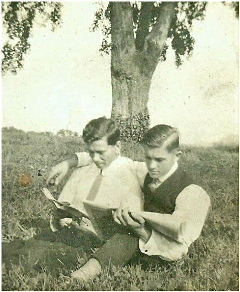 Amateur gays interracial trio