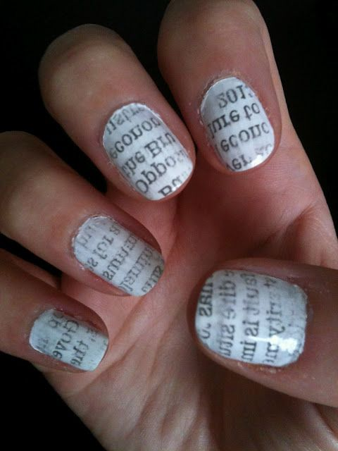 Newspaper Nails First Paint Your White Or Any Other Color Then Dip Fingers In Actual Alcohol Take Pieces Of Print And Press It