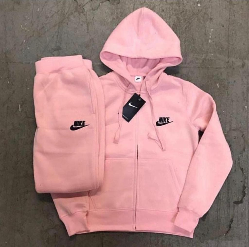 Inspired Fits True To Size 2 3 Week Shipping Nike Outfits Sporty Outfits Teenager Outfits [ 1016 x 1024 Pixel ]