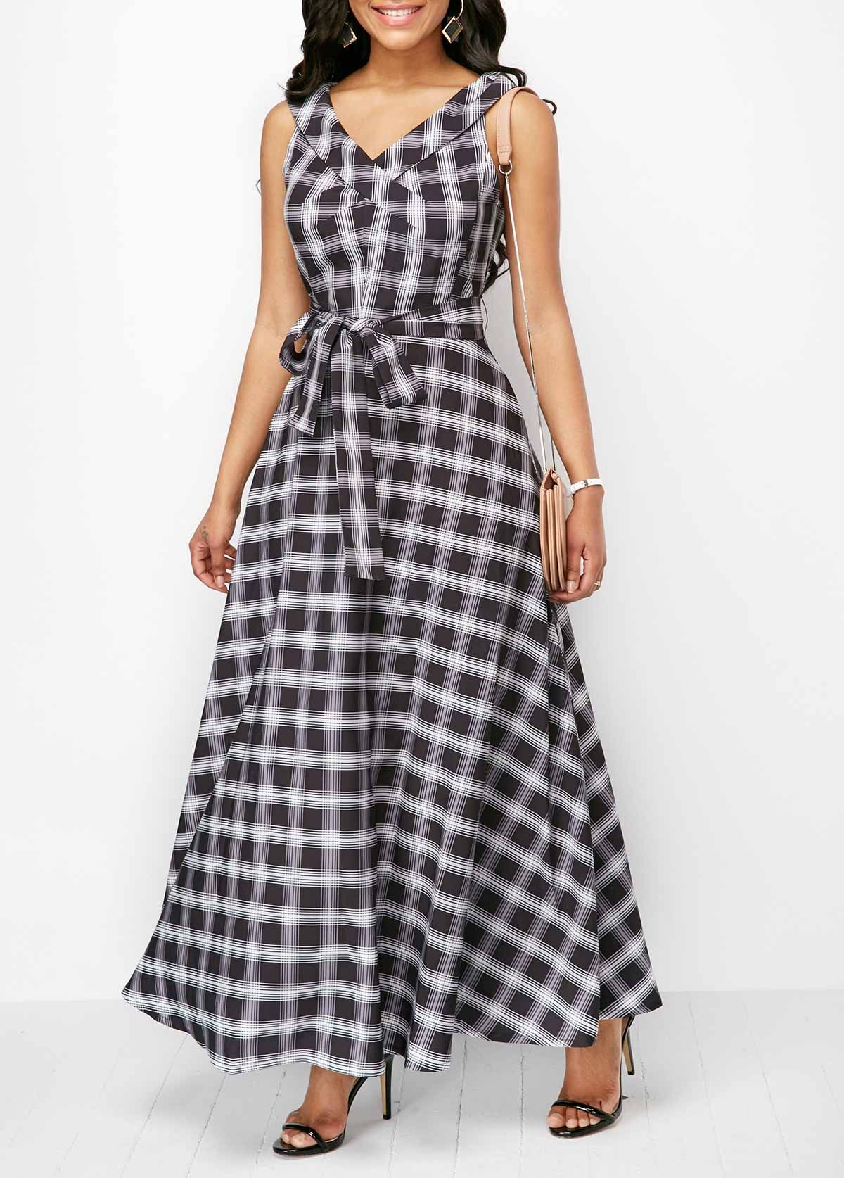 63bfc7128c V Neck Plaid Print Belted Maxi Dress