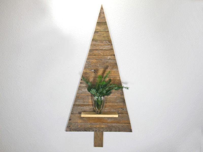 weihnachtsdeko adventsdeko tannenbaum aus palettenholz weihnachtsbaum zum aufh ngen an die. Black Bedroom Furniture Sets. Home Design Ideas