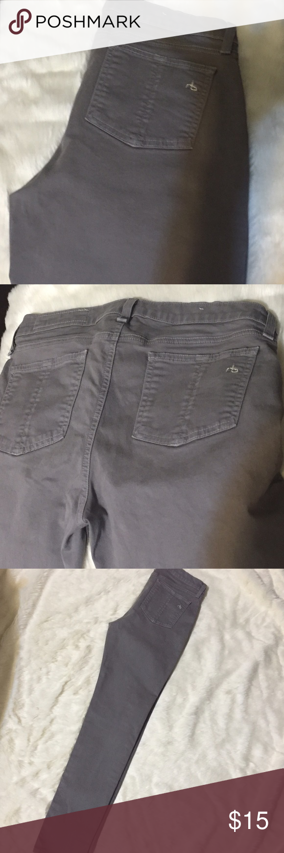 """Gray & navy blue rag & bone stretch legging jeans 2 pairs of jeans ONLY $50 !!!                                            Gray rag & bone stretch jean size 29...length 39""""inseam 29... Oil stain on right upper thigh as shown in pic.. Can be used to make distressed look or cover with a blazer.. 96% cotton 4% roica...                                             Navy blue coated jeans $220 retail!!! condition like new !!! Inseam 30"""" length 40"""" rag & bone Jeans Skinny"""
