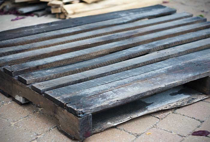 Comment faire un mur en bois de palette, incluant ...