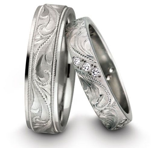 Simply gorgeous Thor would never go for the frilly mens ring