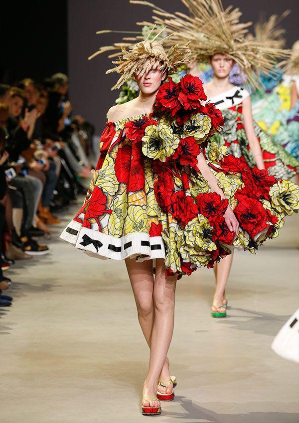 ATELIERVLISCO & Viktor&Rolf #runway #flower