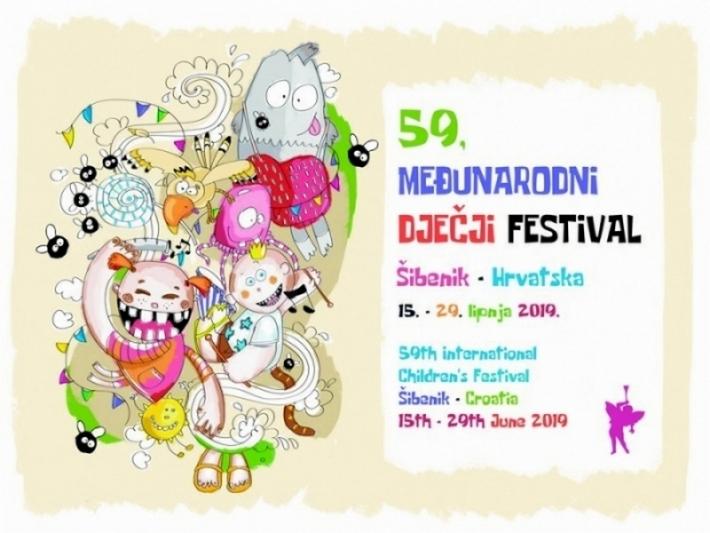 Turisticki Portal Planiraj Com Nagrađivana Japanska Umjetnica I Koinobori Stizu U Sibenik With Images Ako Festival Sibenik