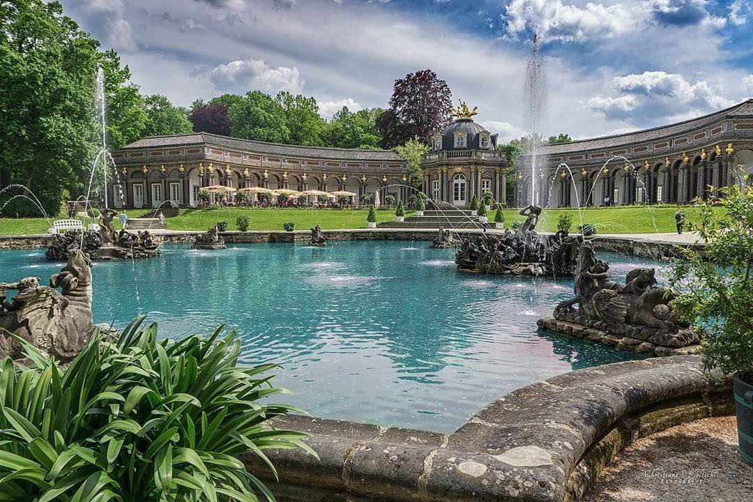 Wasserspiele An Der Oberen Grotte In Der Eremitage In Bayreuth Immer Zur Vollen Stunde Ein Tolles Erlebnis The Fountain Show At Bayreuth Instagram Hermitage