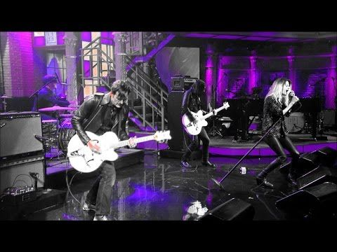 The Dead Weather se presentó en vivo en televisión