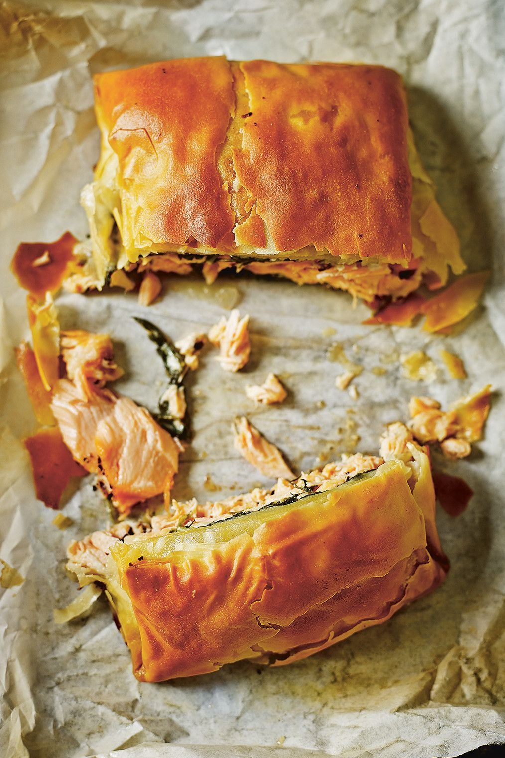 salmon and spinach filo parcel healthy pie recipes cooking salmon fillet food pinterest