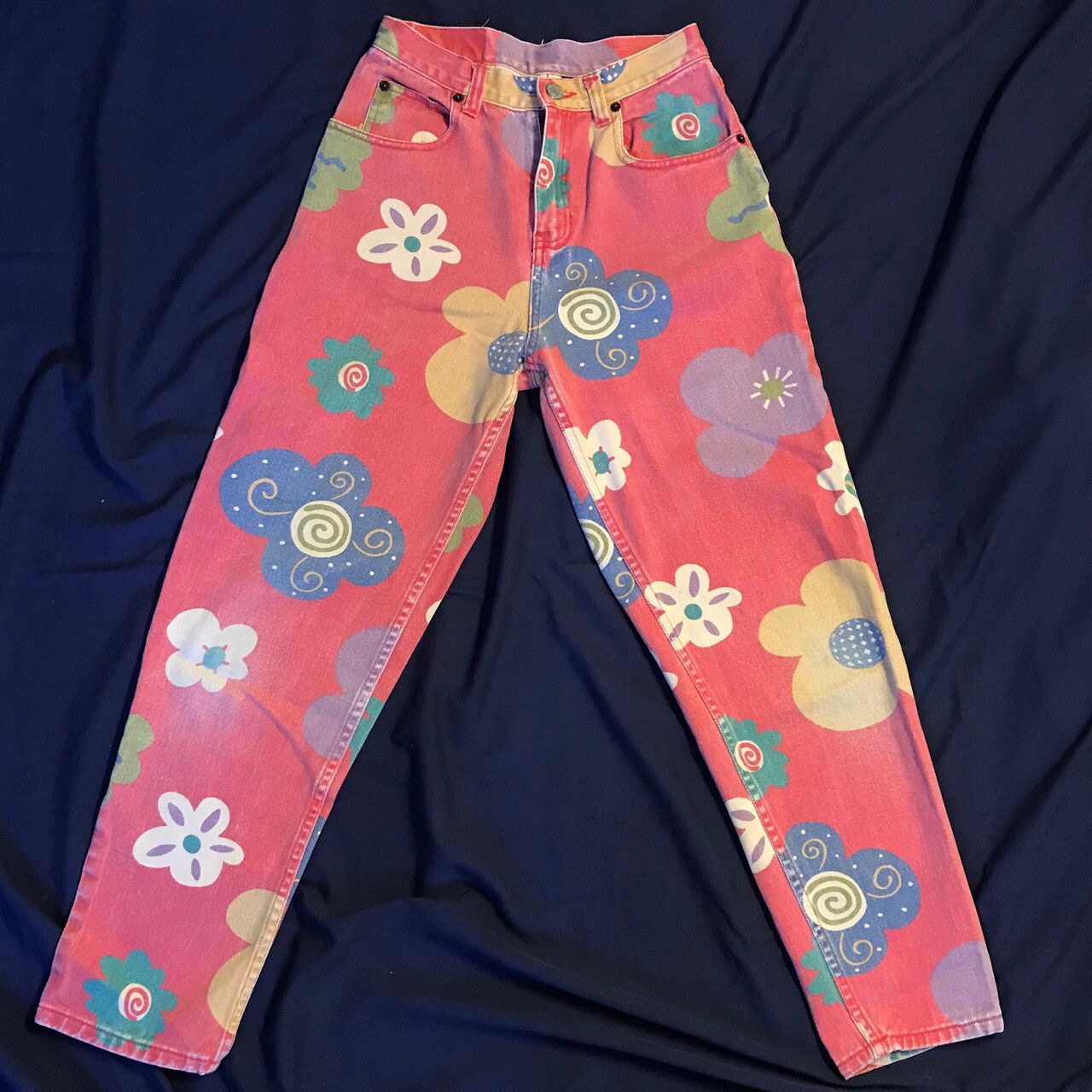 8f1fa56d Listed on Depop by nrebda in 2019 | depop | Flower jeans, Depop, Pink