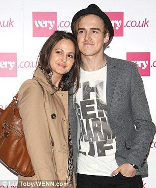Nice Day For A White Wedding The Sun Finally Comes Out As Mcfly S Tom Fletcher Ties Knot With Childhood Sweetheart Giovanna