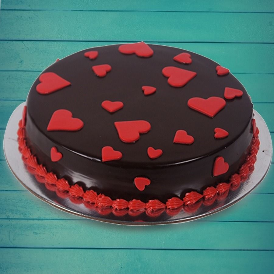 Chocolate heart cake in 2020 luxury cake cake cake