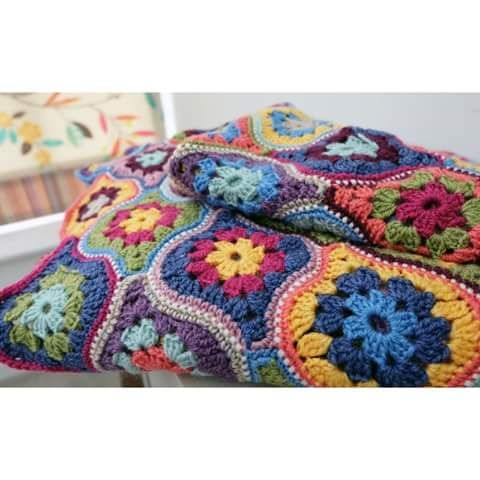 Patrones e ideas como conectar los motivos   Crochet   Pinterest ...
