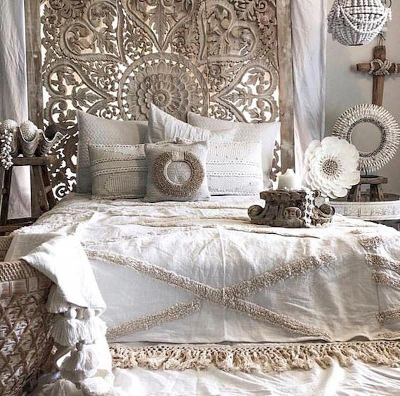 Wired Closet 60 Awesome Models And Photos Bohemian Bedroom Design White Paneling Bedroom Design