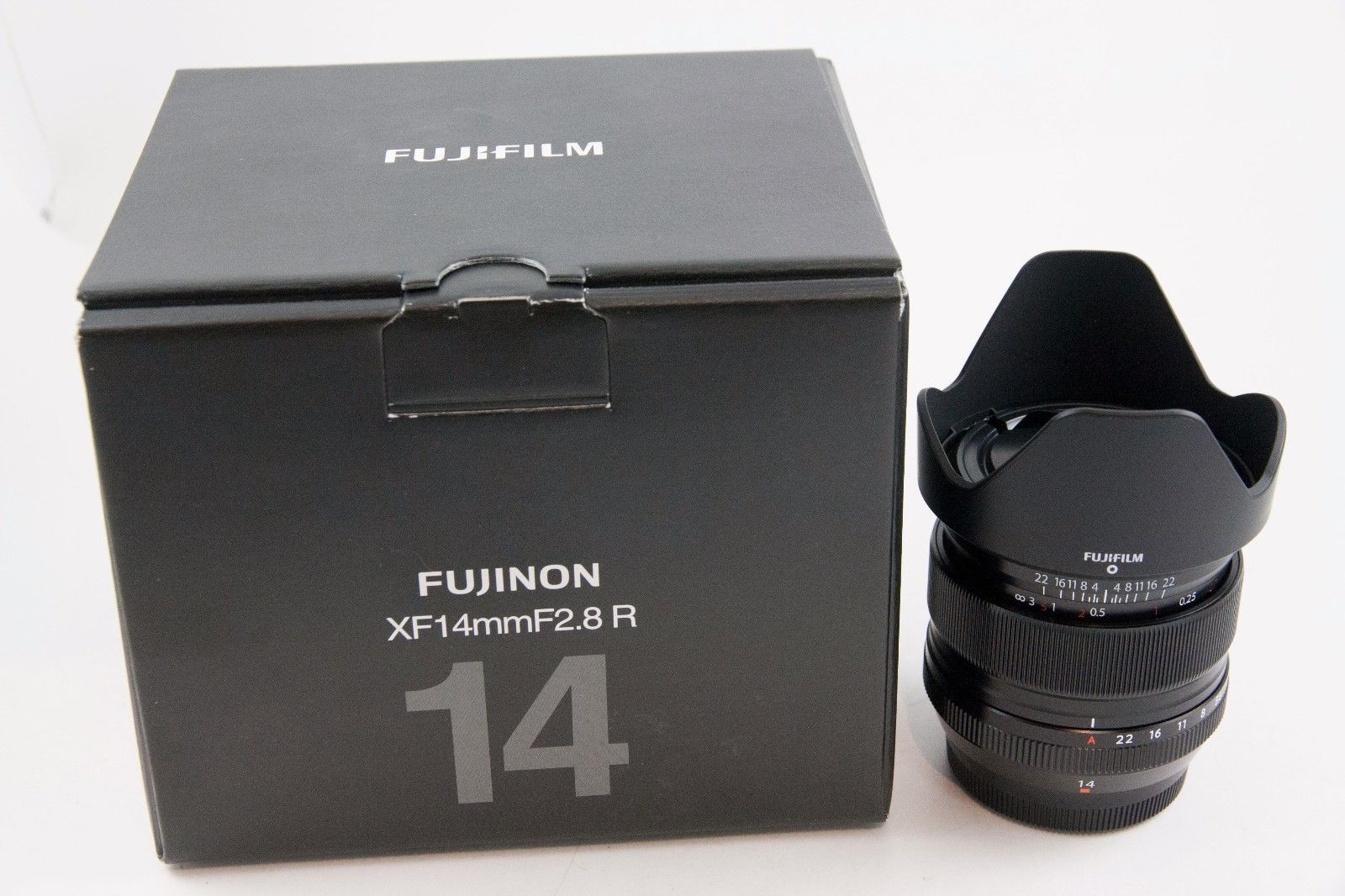 Fujifilm Fujinon Xf 14mm F 2 8 R Super Ebc Lens Stuff To Buy Fujifilm Lens