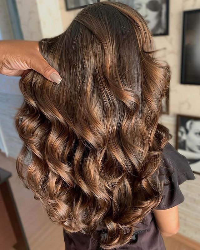 10 Biggest Spring Summer 2020 Hair Color Trends You Ll See Everywhere Ecemella In 2020 Brunette Hair Color Hair Color Light Brown Light Brown Hair