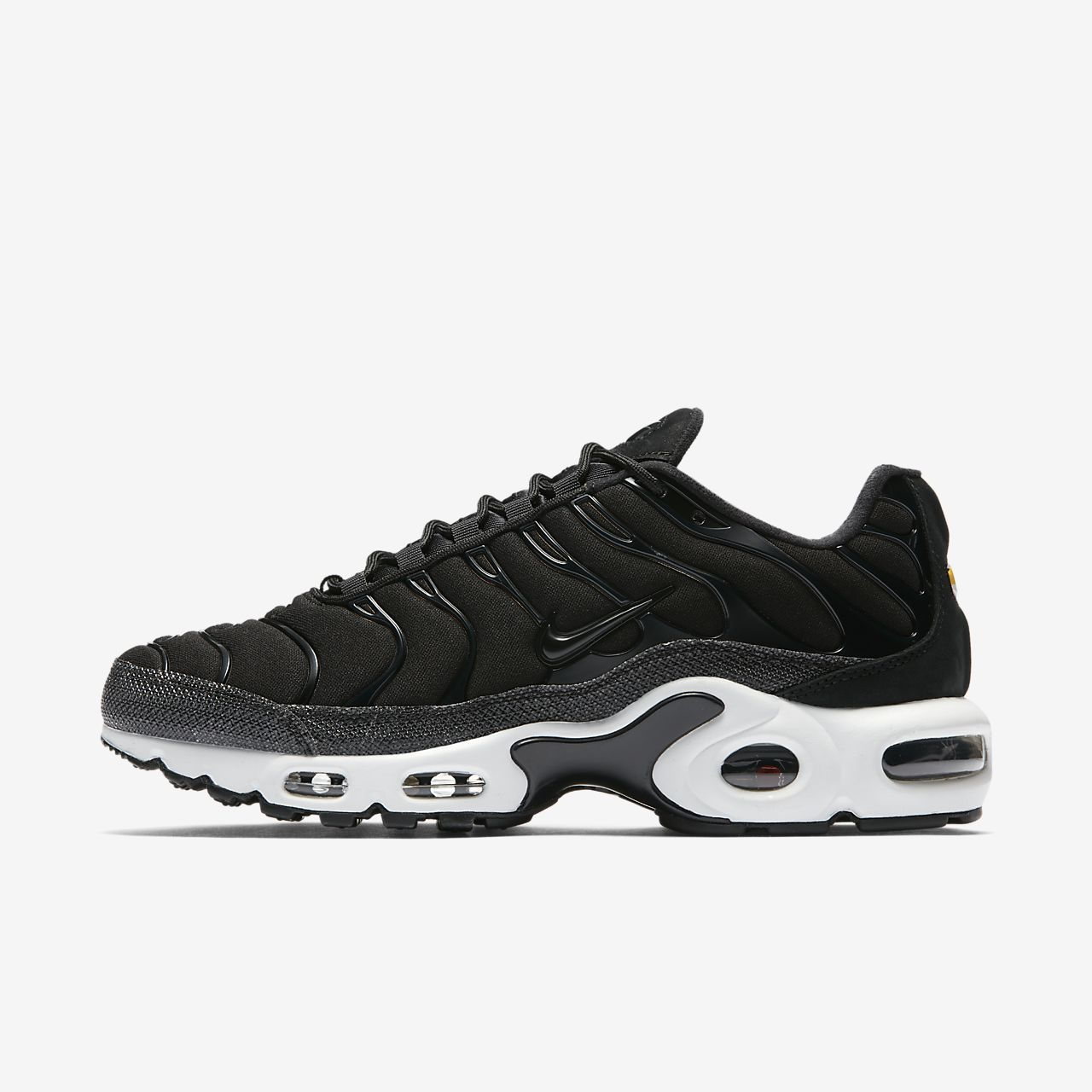 nike air max plus premium black
