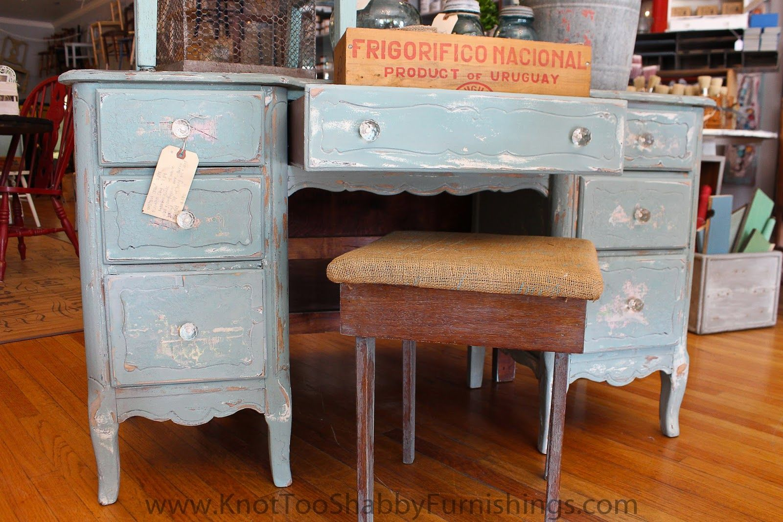 Miss Mustard Seed's Milk Paint and Decorative Finishes. The before and after on this desk is amazing! #knottooshabby #mmsmilkpaint #missmustardseedsmilkpaint