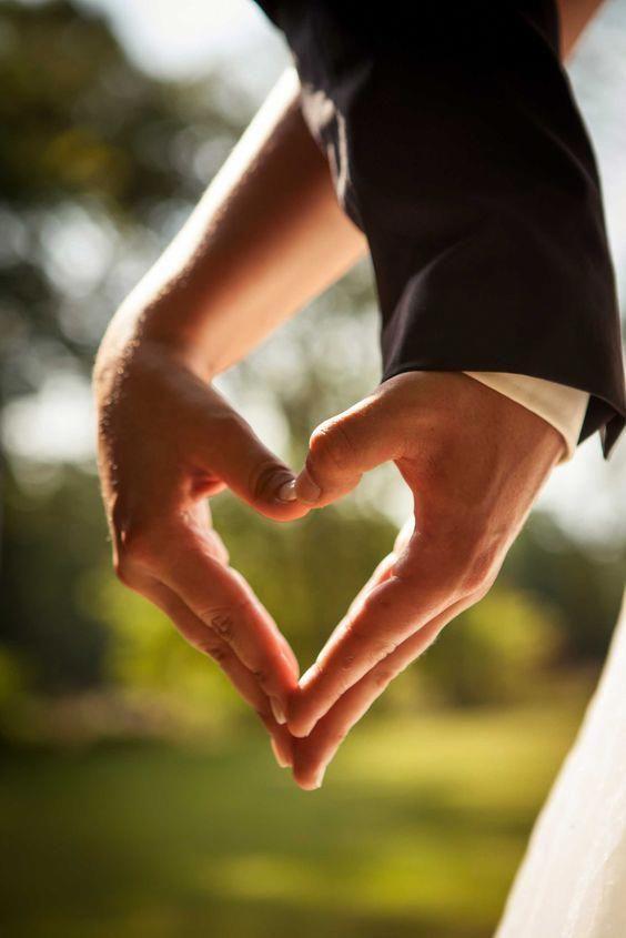 Foto de boda, creativo, romántico, fotógrafo de bodas, Aschaffenburg, corazón, mano …
