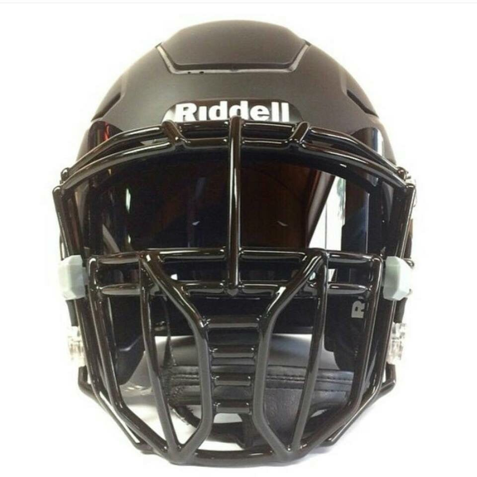 What One Crazy Looking Matte Black Riddell Speedflex Helmet Looking Like Some Star Wars Darth Vader Football Helmets Football Facemask Cool Football Helmets