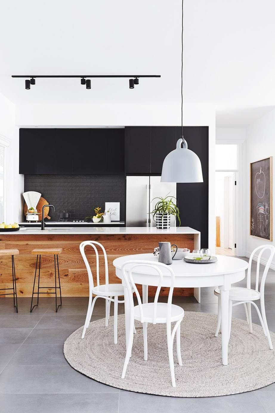A Pair Of Serial Renovators Transformed This Geelong Bungalow
