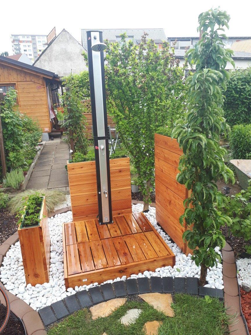 Diy Holz Garten Gartendusche Solardusche Poolimgartenideen Diy Holz Garten Gartendusche Solardusche Garden Shower Small Backyard Pools Backyard