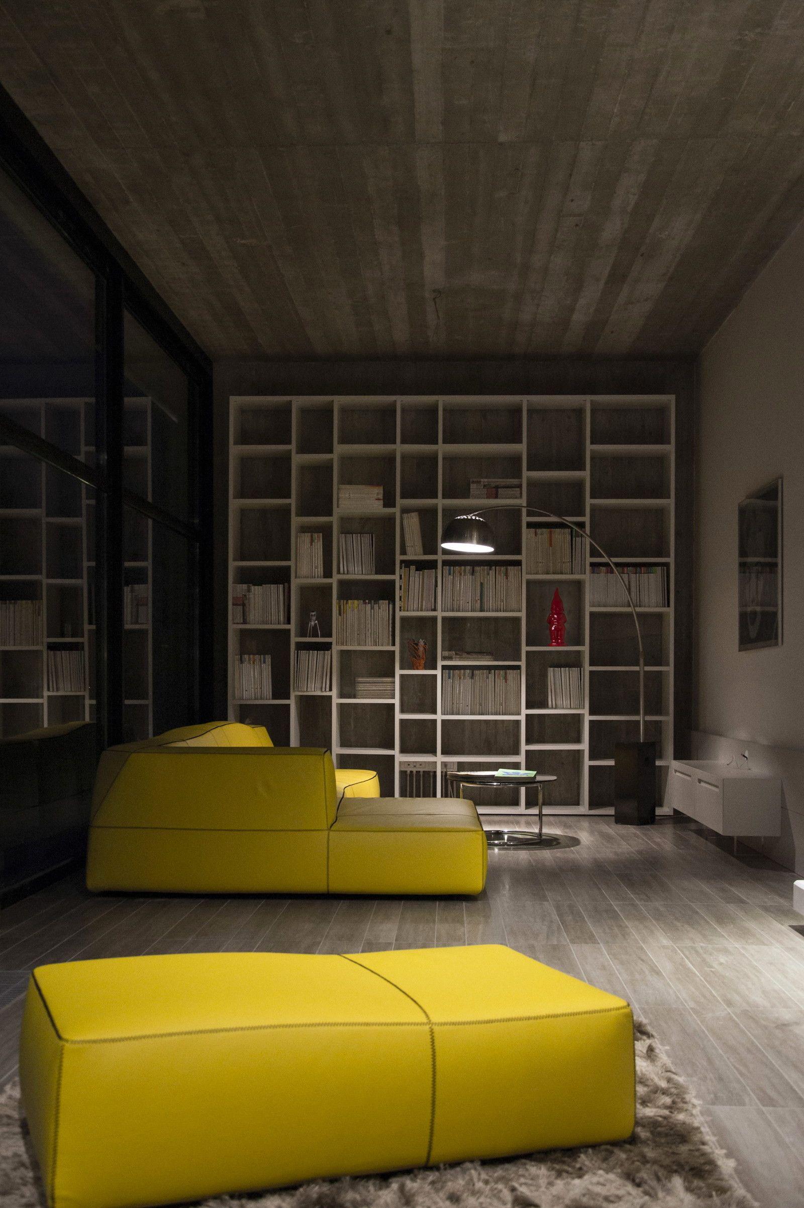 StudioGiraldi Associati Architetti designedmodern house for a writer in Bologna
