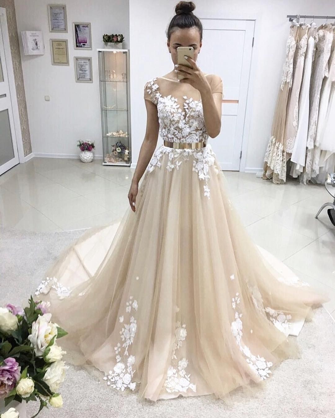 Elegant aline scoop cap sleeves tulle long promevening dress with