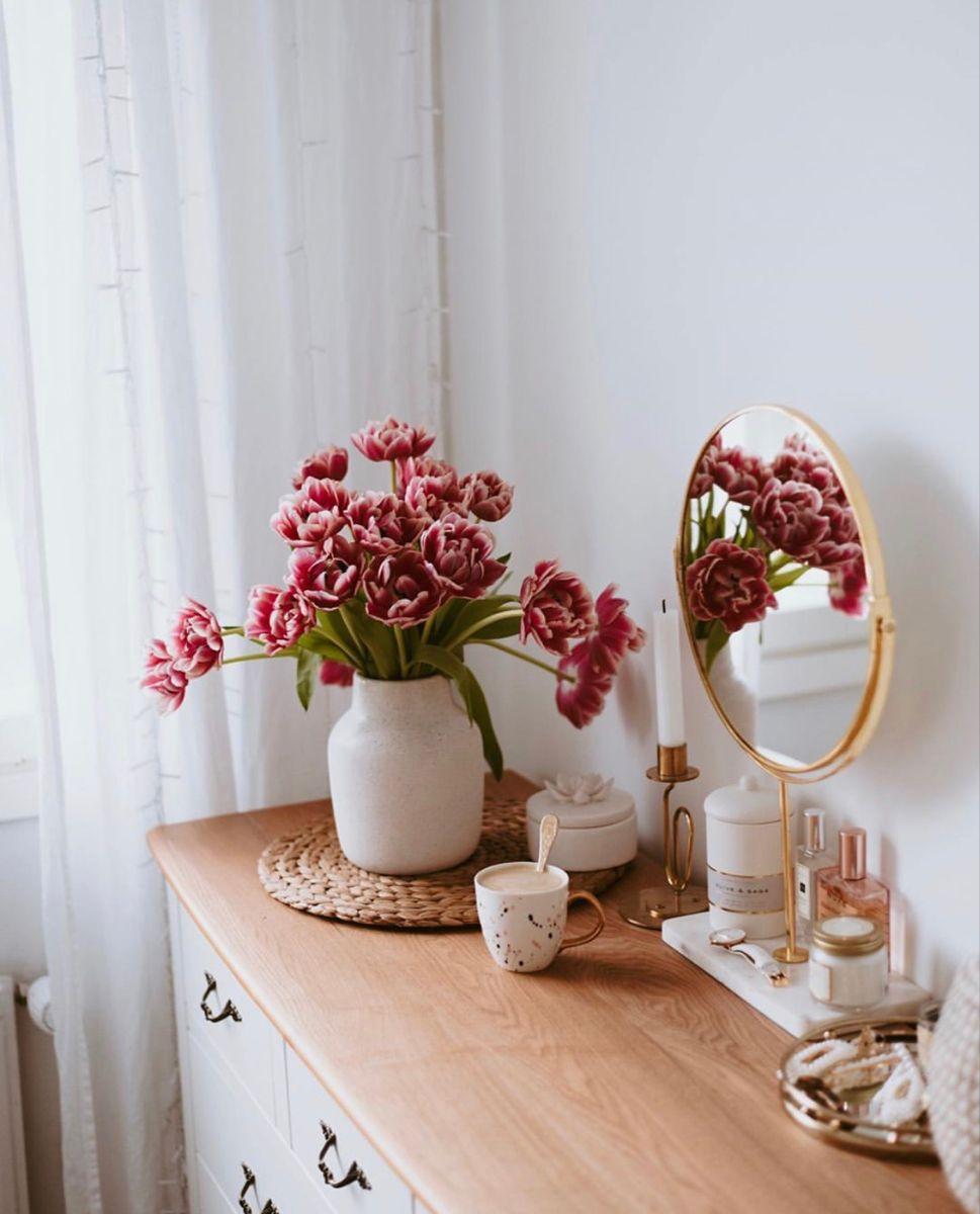 You can decorate your home with plants and flowers ✨🌸🍀🌿   #design#interiordesign#decor#plant#plantdecor#decor#decorhome#bedroom#architect#architect#dreamhome#luxuryhome#دکوراسیون_داخلی#معماری#معماري_مدرن#معماری_لوکس