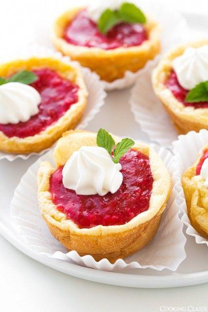 Mini German Pancakes w/Strawberry  Sauce