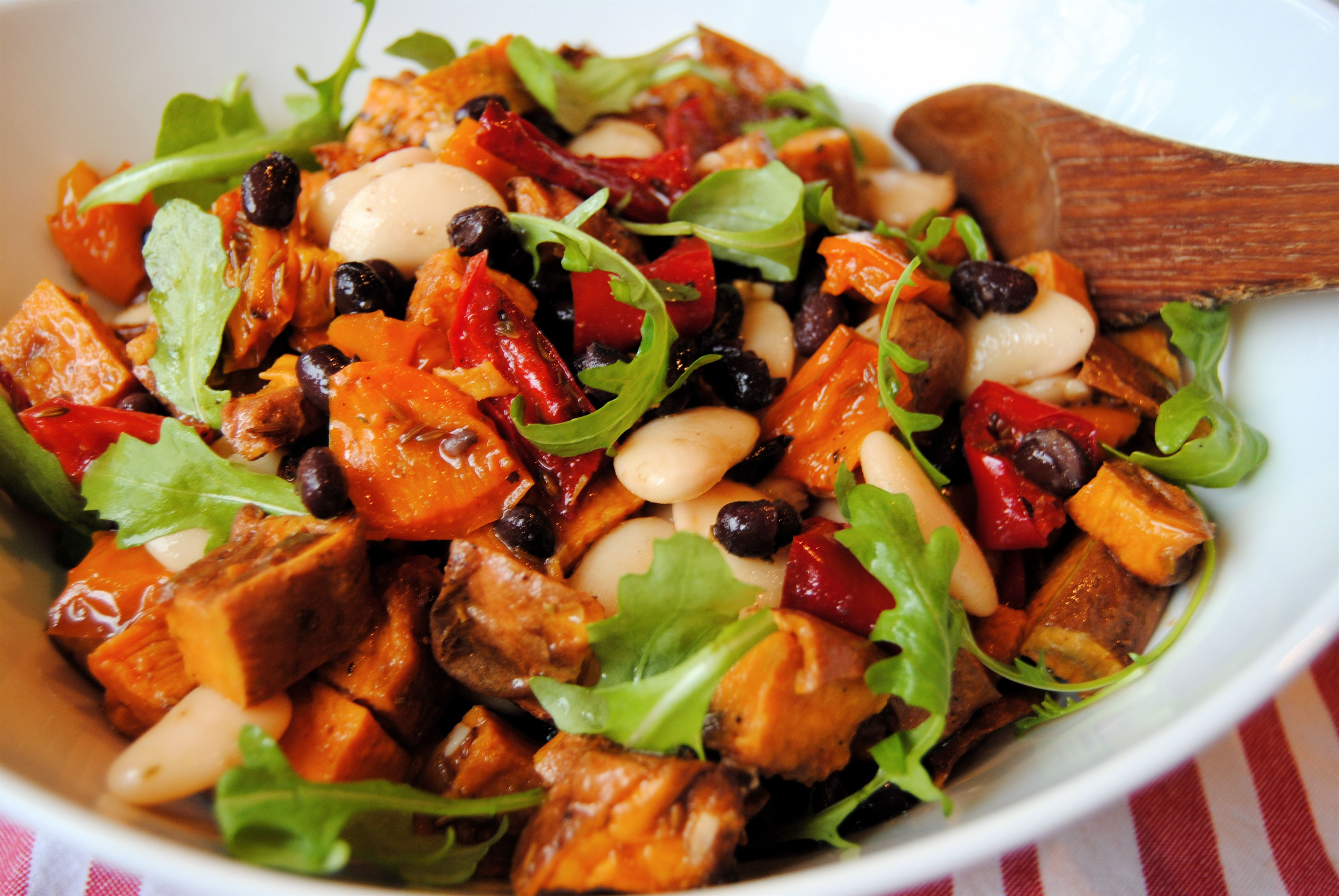 Roasted black bean salad recipes pinterest bean salad beans recipes forumfinder Image collections