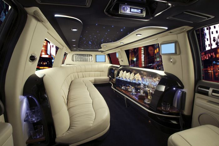 What Would The Interior Of A Self Driving Car Look Like Limousine Interior Hummer Limo Limo
