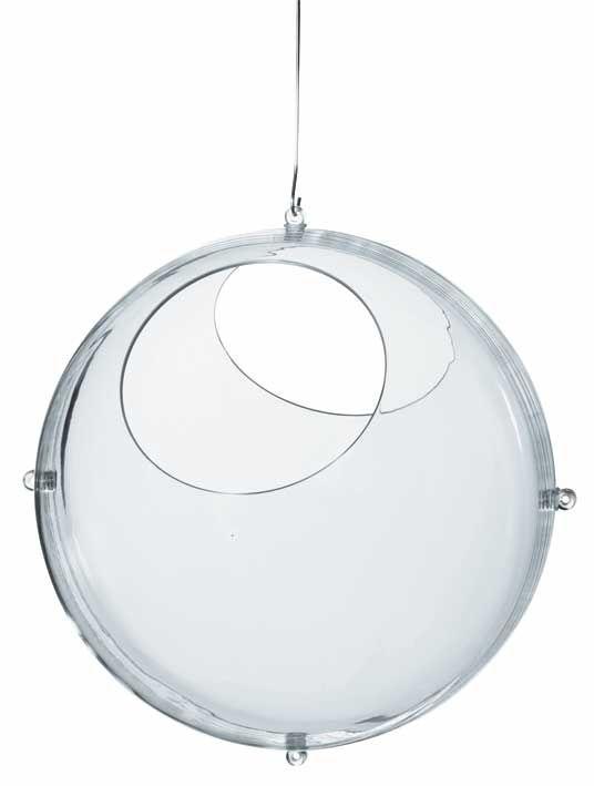 ORION Display kugle Showball Mål:300x300x300mm Plast De 2 halvkugler kan istedet for monteres på væg.