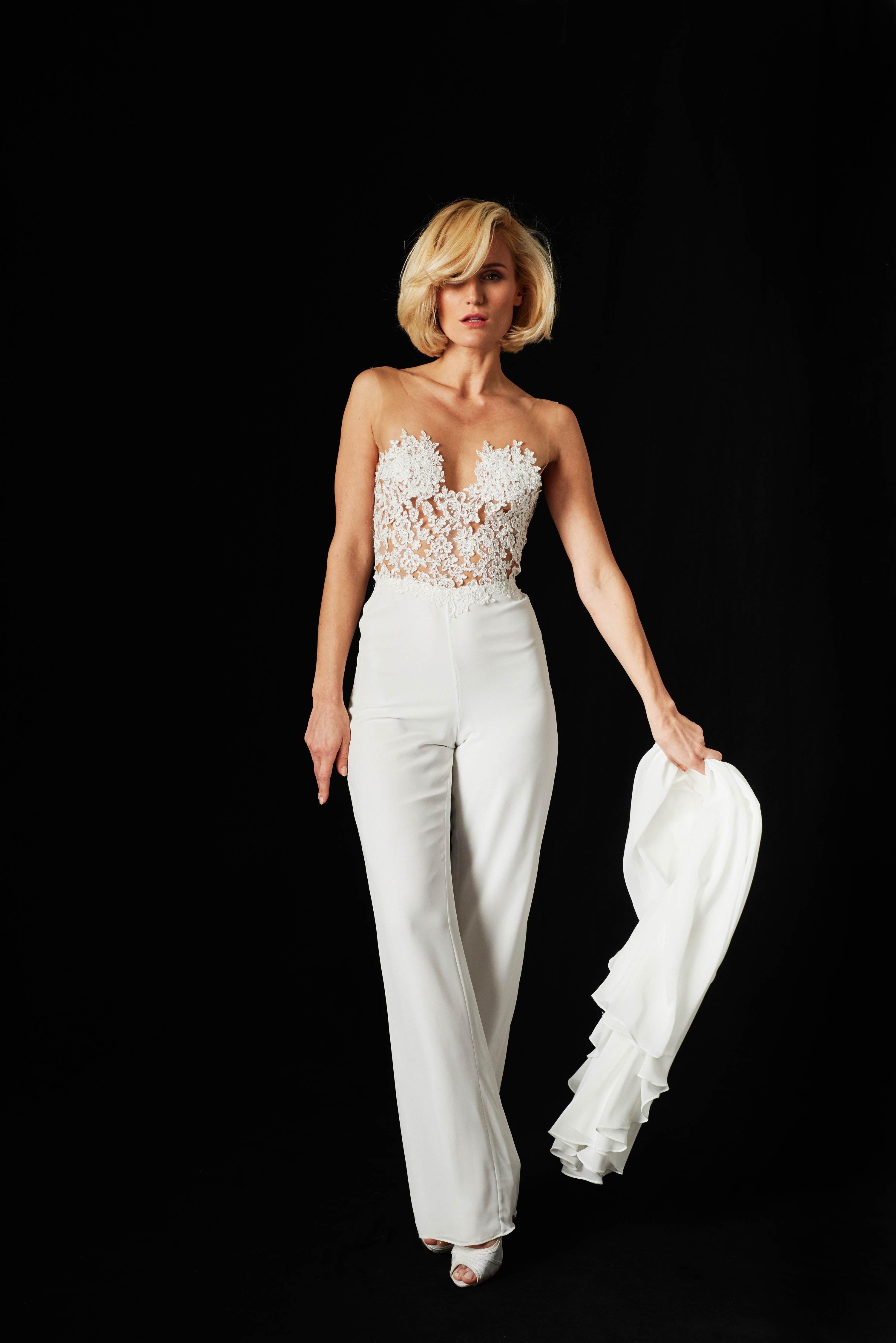 54d4b668ea2 Bridal Couture mal anders - Er wirkt wie ein Kleid ist aber ein moderner