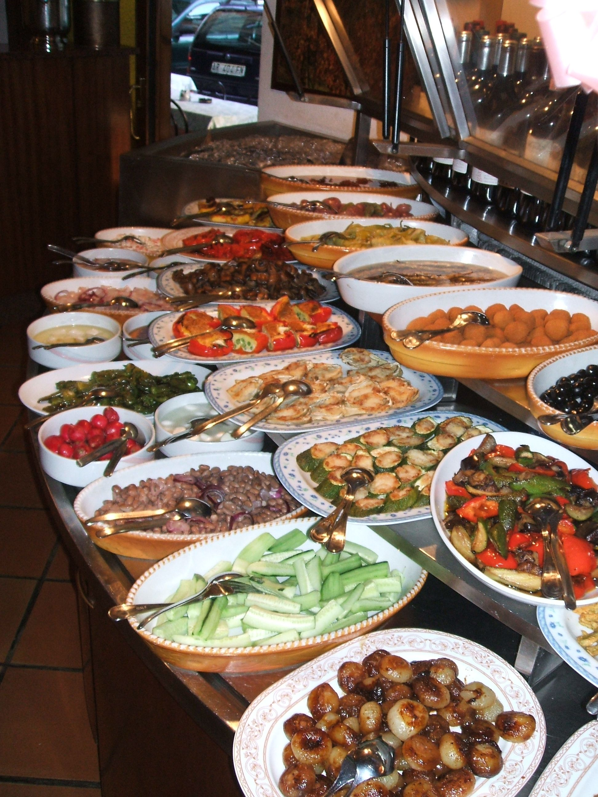 Italian food buffet style italian food buffet i love how for Buffet cuisine