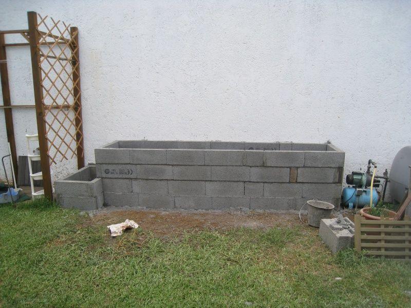 Peindre Un Mur En Parpaing Brut Non Lisse En Exterieur Mur En Parpaing Peindre Mur Peindre Mur Exterieur