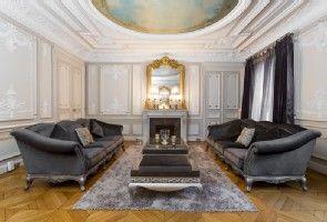 Amazing 4 Bedroom 3 1 X2f 2 Bathrooms With Large Eat In Kitchen Separate Dinning Room Living Room An Paris Apartment Rentals Paris Apartments Paris Luxury